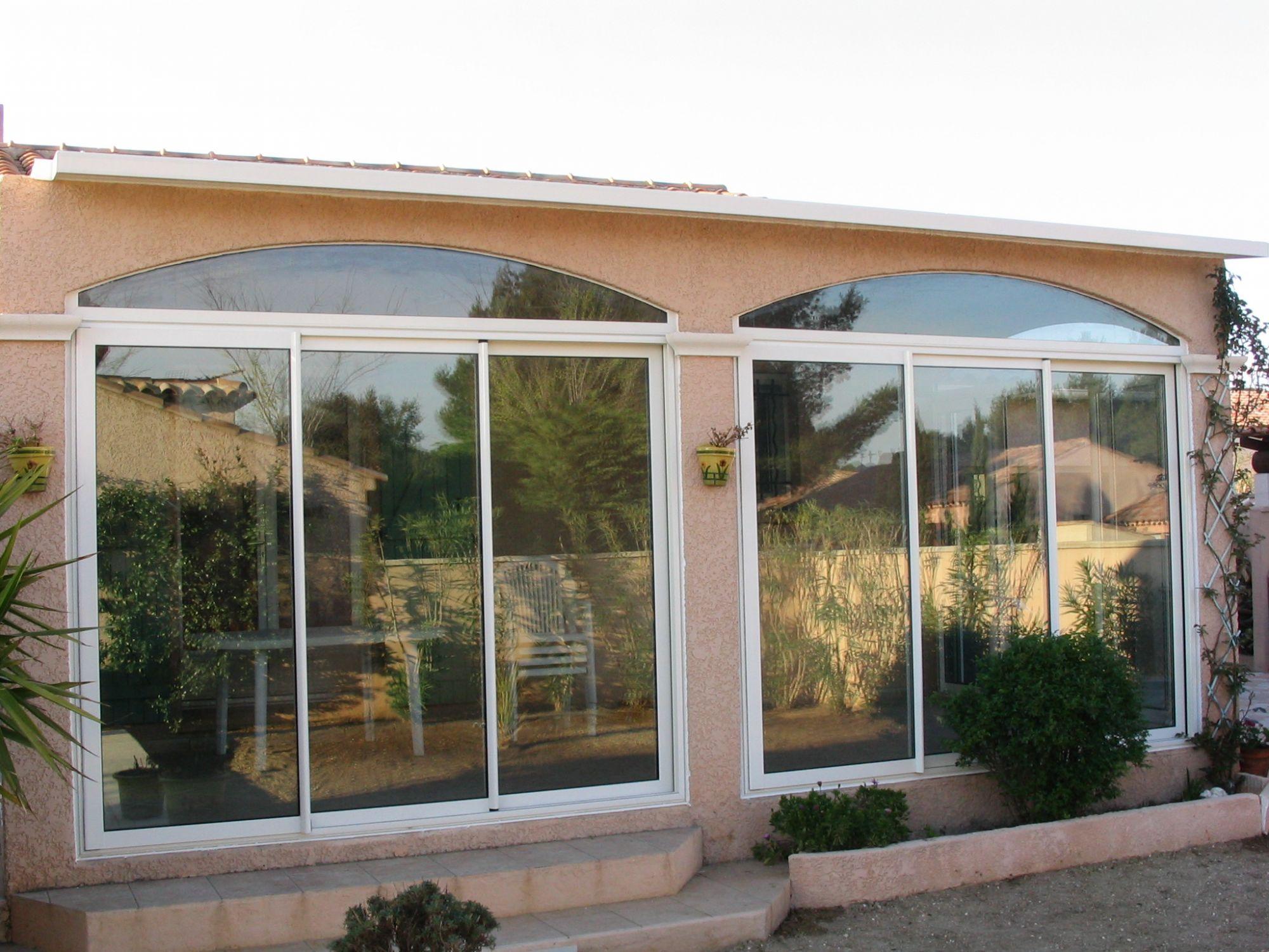 Menuiserie aluminium et pvc port de bouc menuiserie for Prix d une baie vitree